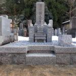 京都府舞鶴市寺院墓地にて佐賀県天山石新墓建立工事